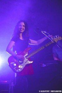 Jennifer (bass, backing vocals)
