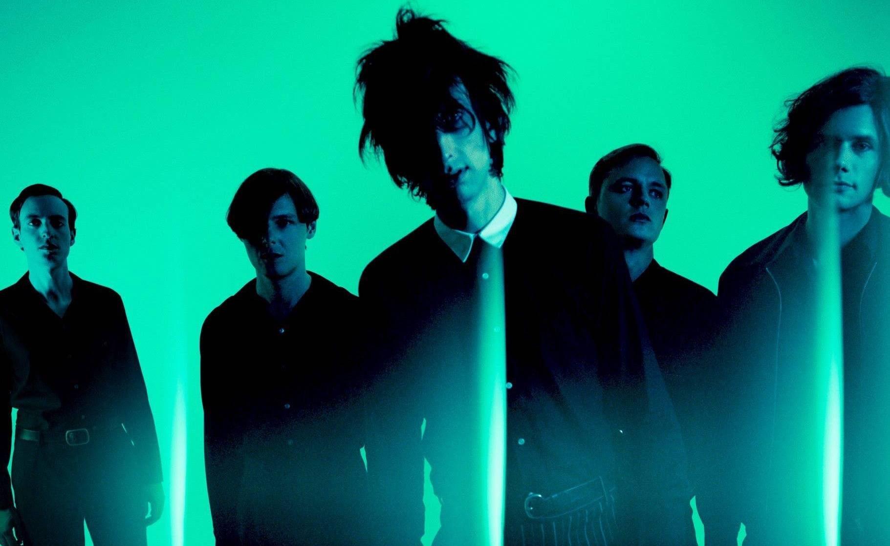 The Horrors présentent Something To Remember Me By, le nouveau morceau de leur prochain album V prévu pour septembre 2017