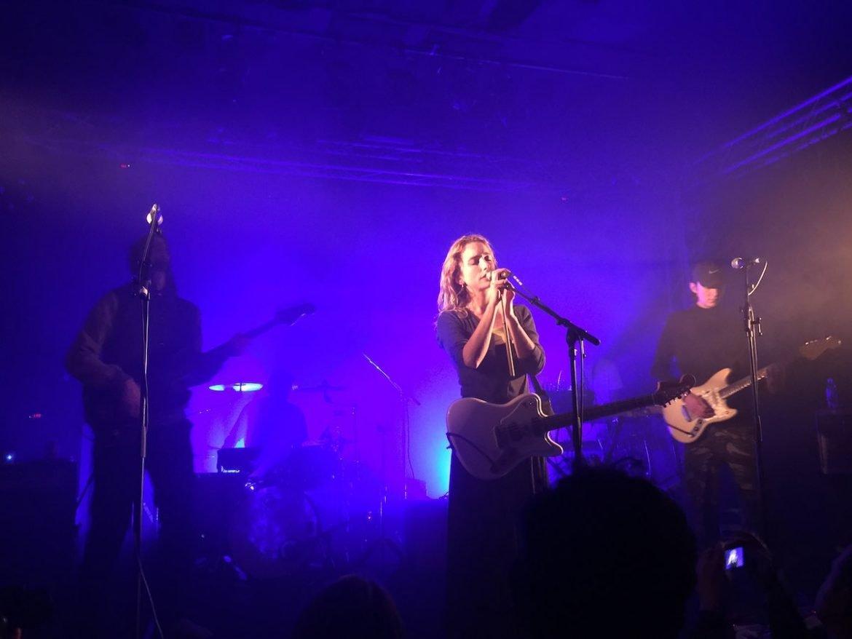 Pumarosa en concert au Point Éphémère à Paris en 2018 avec Dead Sea en première partie
